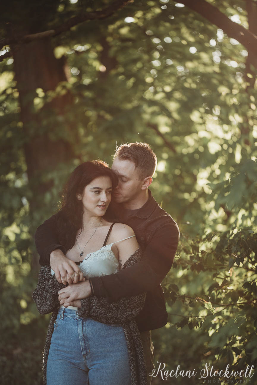 Outdoor NNatural Summer Couple Photography ideas.jpg