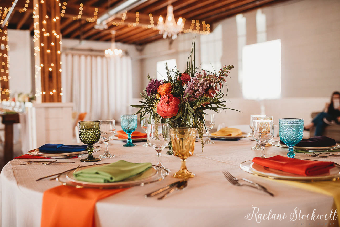Up Stage K Zoo Wedding Rentals color table settings.jpg
