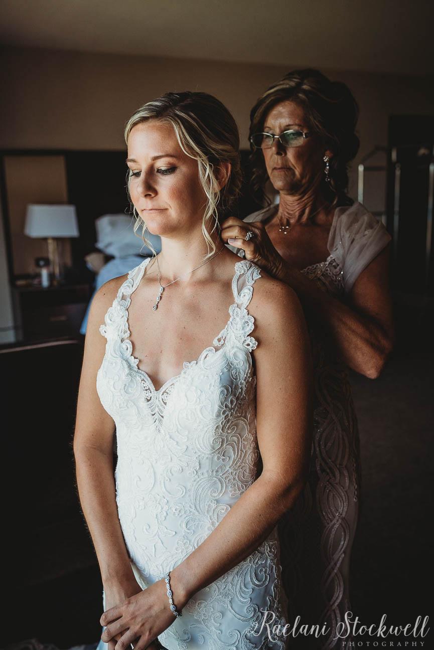Chic upscale Bridal Jewelry.JPG