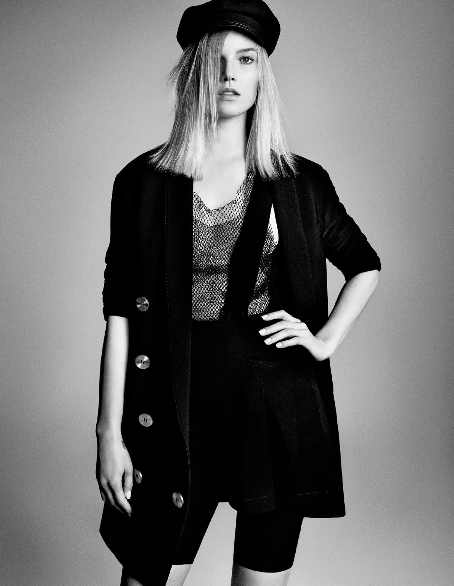 Giovanna-Battaglia-Vogue-Japan-March-2015-Digital-Generation-2.jpg