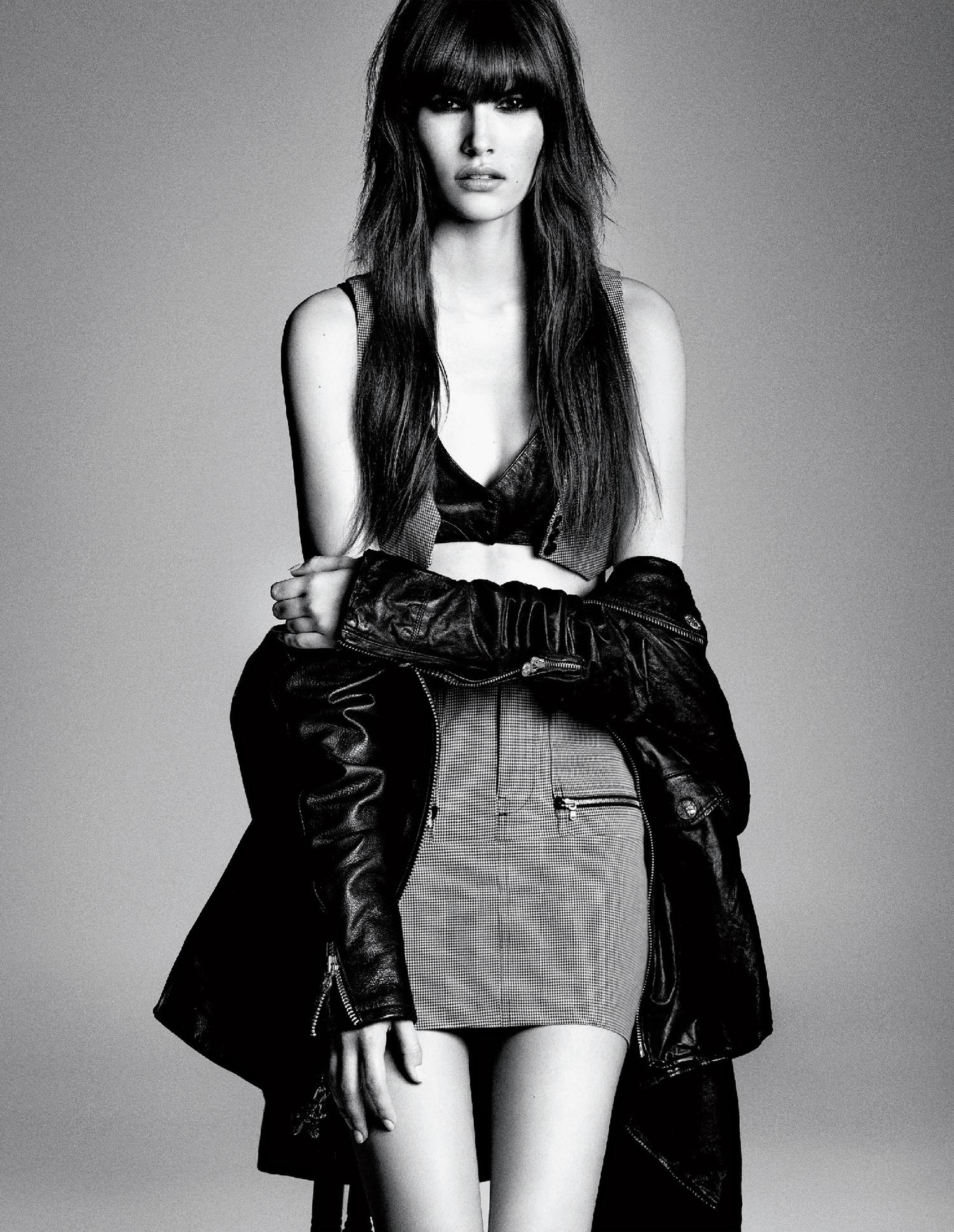 Giovanna-Battaglia-Vogue-Japan-March-2015-Digital-Generation-20.jpg