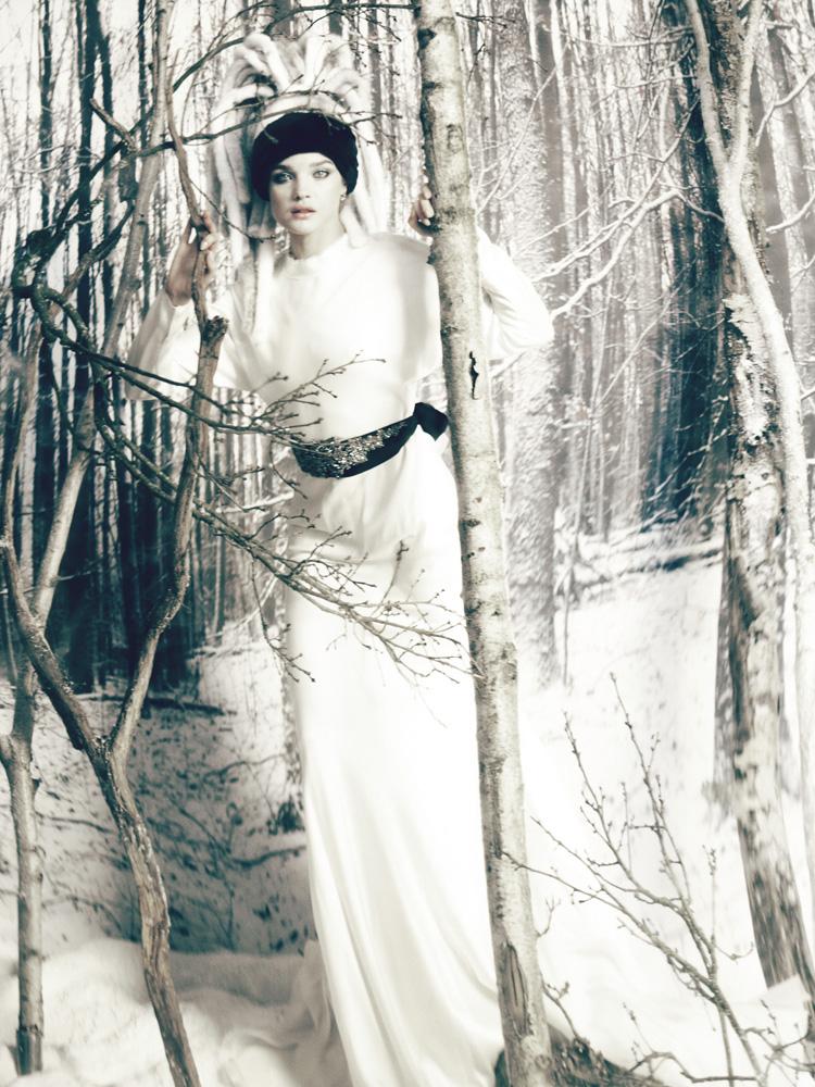 Giovanna-Battaglia-3-The-White-Fairy-Tale-Natalia-Vodianova.jpg