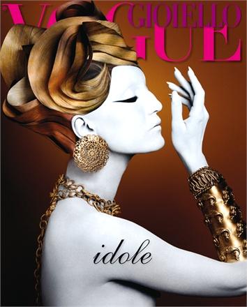 Giovanna-Battaglia-Vogue-Gioiello-30-Thirty-Years-of-Golden-Dreams-4-Francesco-Carrozzini-Idole.jpg