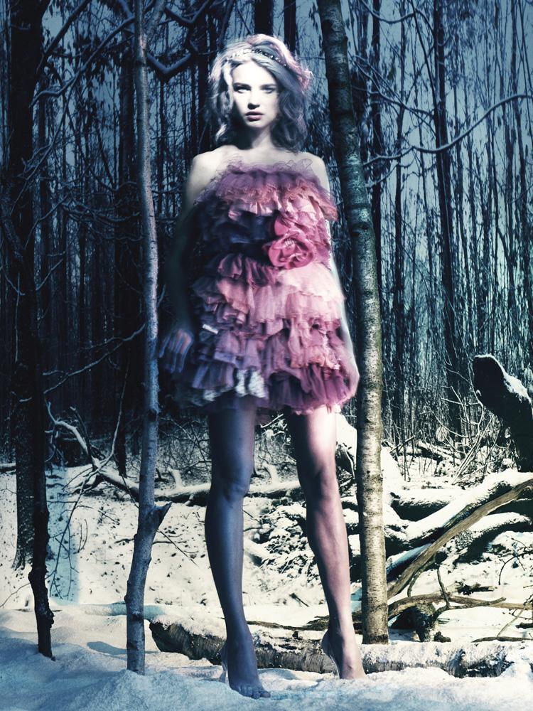 Giovanna-Battaglia-6-The-White-Fairy-Tale-Natalia-Vodianova.jpg
