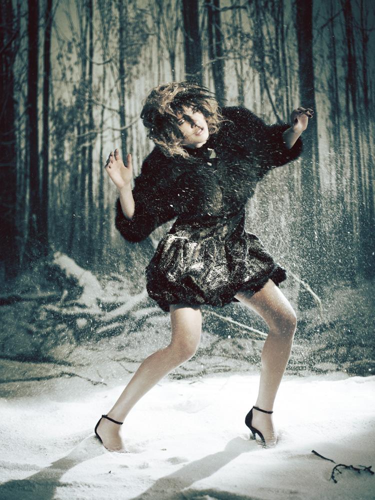 Giovanna-Battaglia-19-The-White-Fairy-Tale-Natalia-Vodianova.jpg