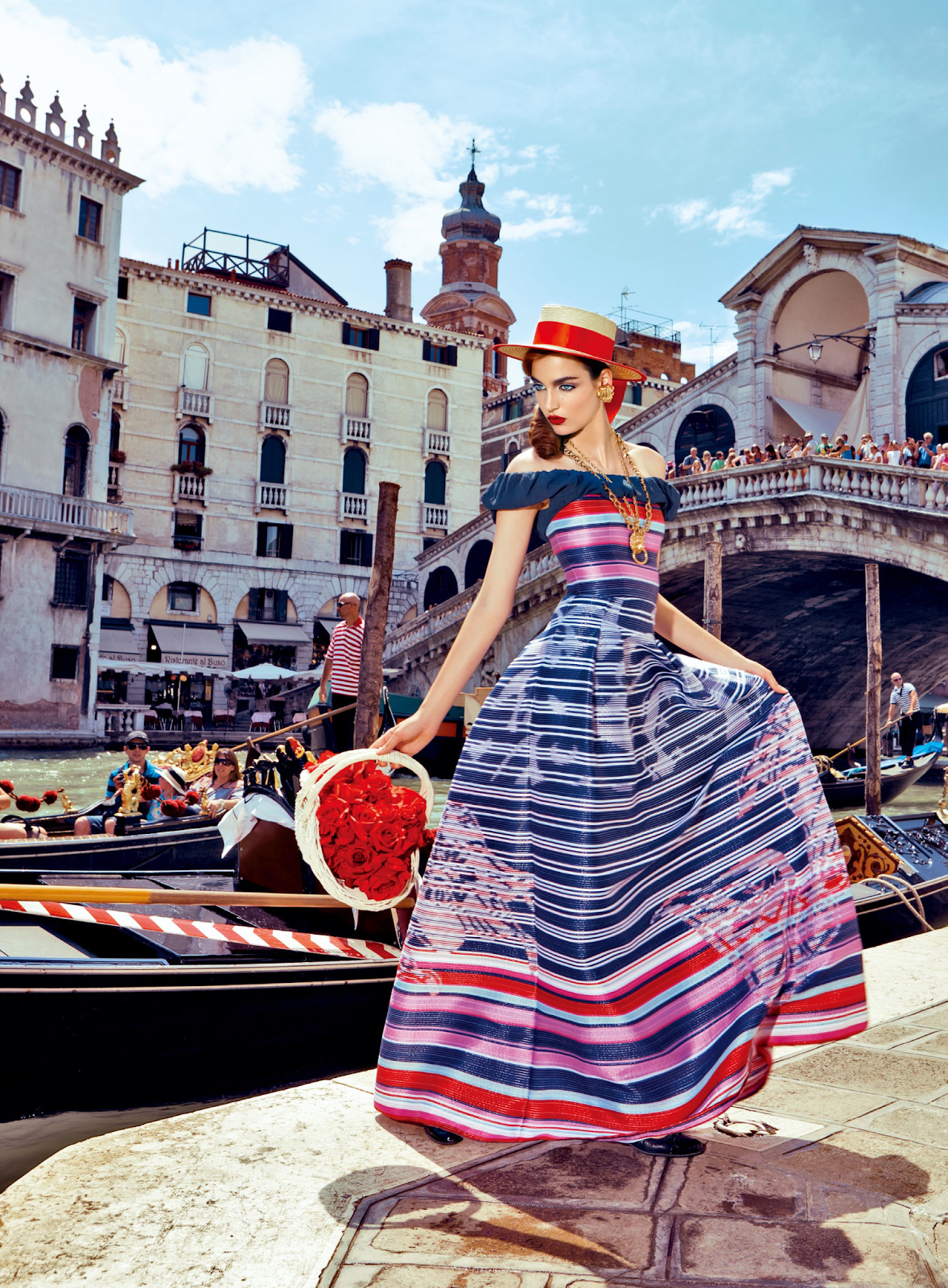 Giovanna-Battaglia-5-My-Fascination-with-Venice-Vogue-Japan-Pierpaolo-Ferrari.jpeg