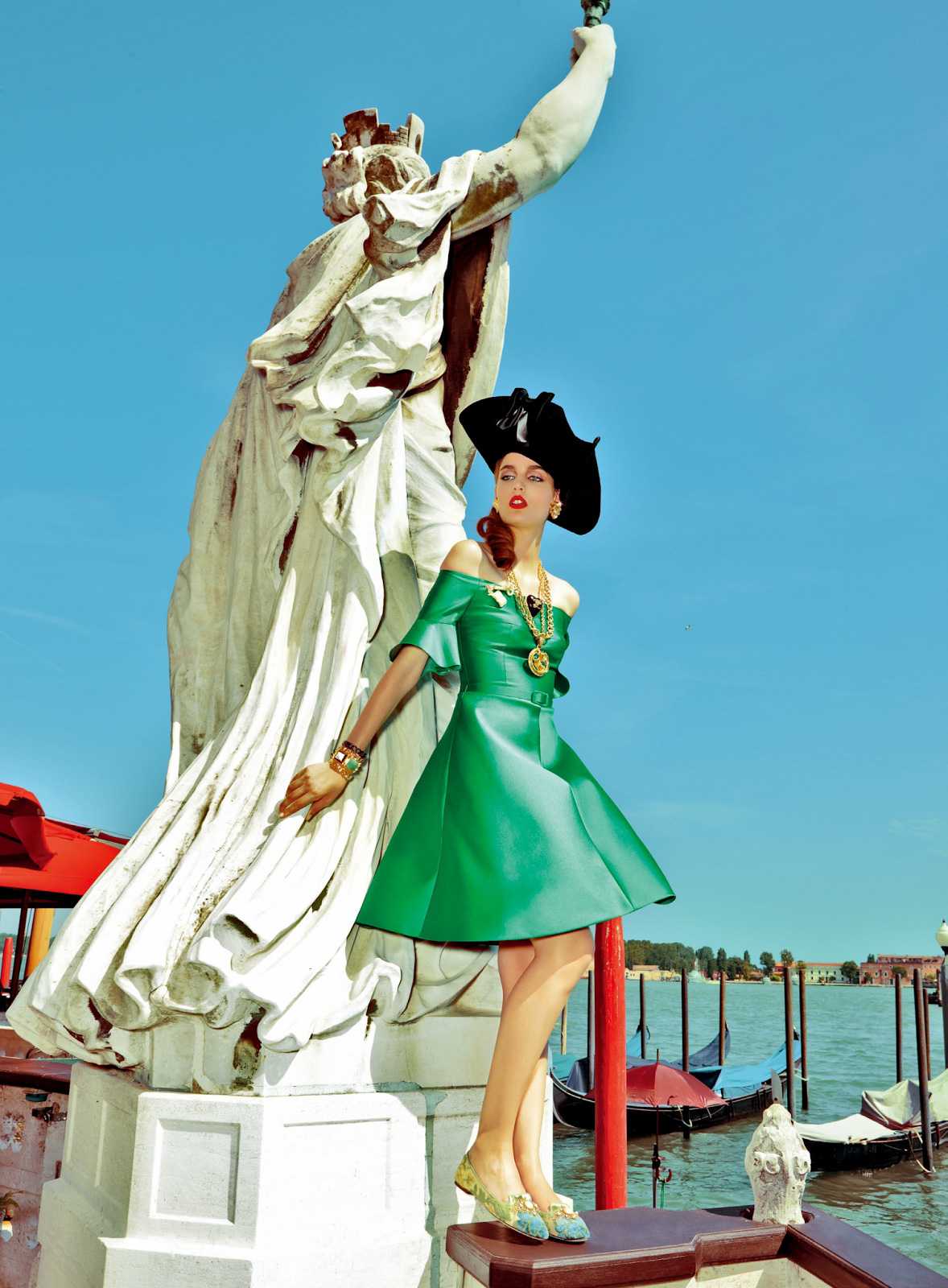 Giovanna-Battaglia-6-My-Fascination-with-Venice-Vogue-Japan-Pierpaolo-Ferrari.jpeg