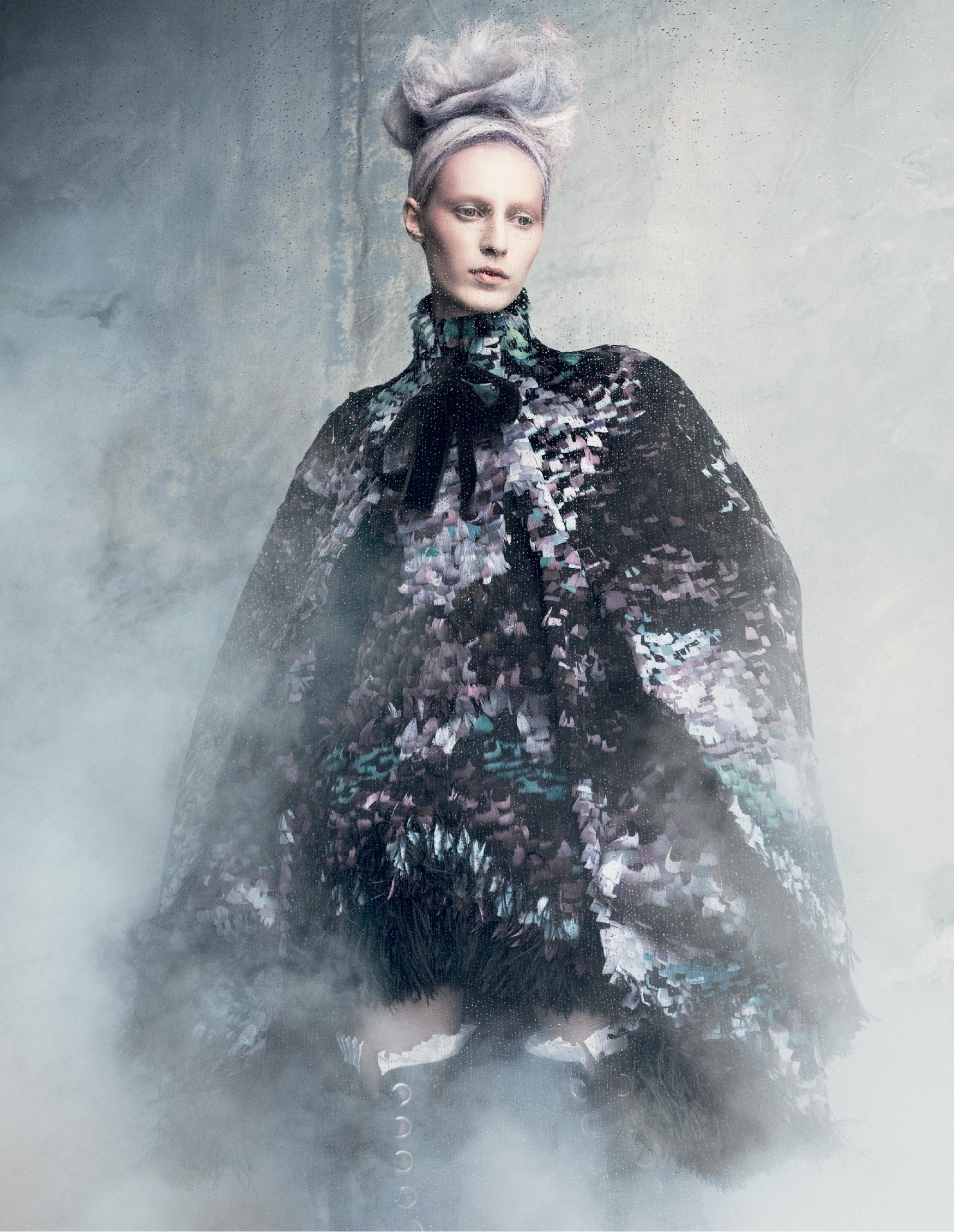 Giovanna-Battaglia-Tales-Of-Magic-And-Innocense-Vogue-Japan-Daniel-Iango-V181_149_200.jpg