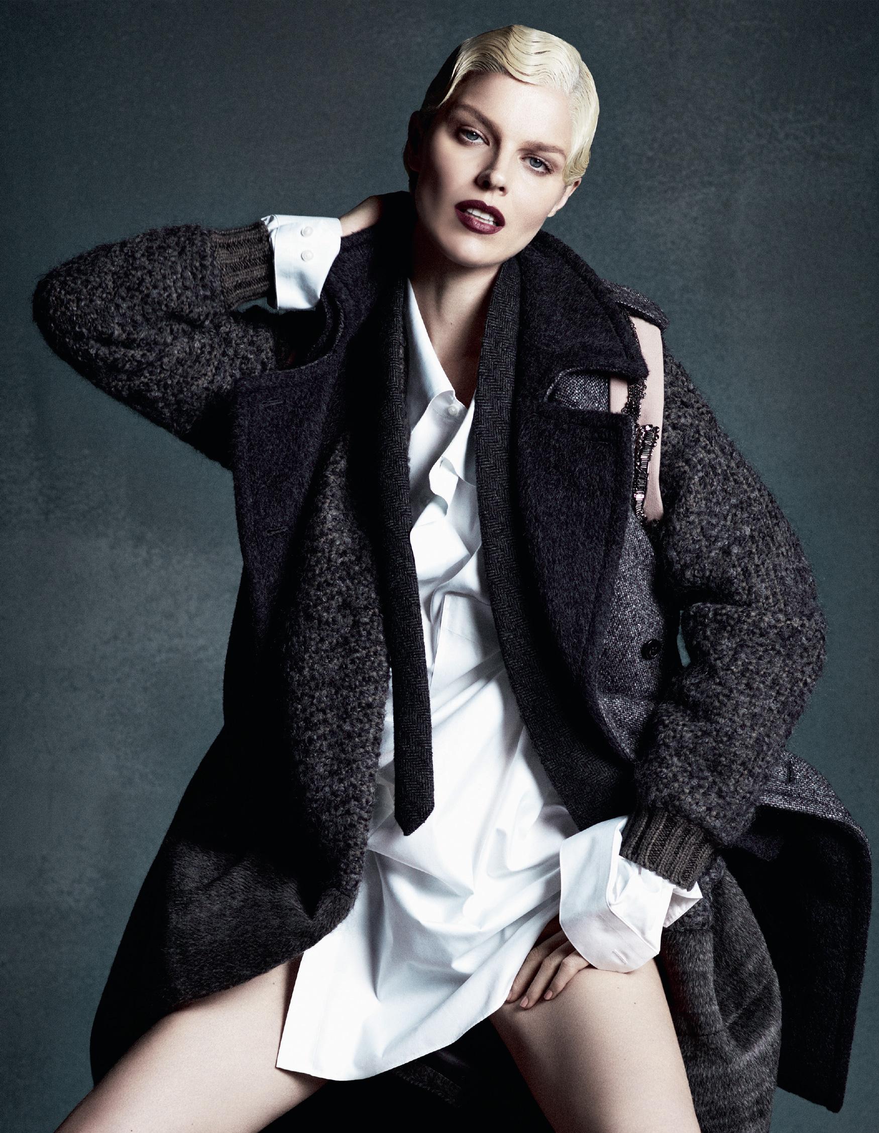 Giovanna-Battaglia-The-Icons-Of-Perfections-Vogue-Japan-15th-Anniversary-Issue-Luigi-Iango-V181_242_200-25.jpg