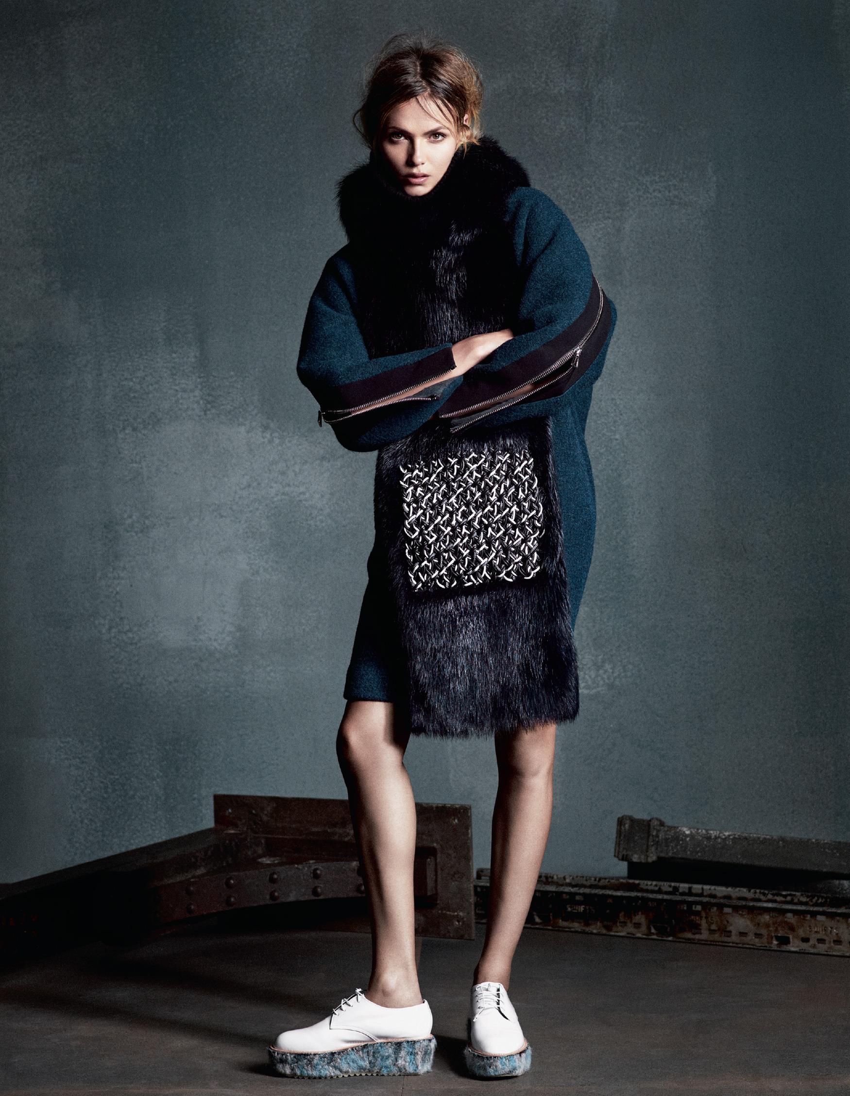 Giovanna-Battaglia-The-Icons-Of-Perfections-Vogue-Japan-15th-Anniversary-Issue-Luigi-Iango-V181_261_200-7.jpg