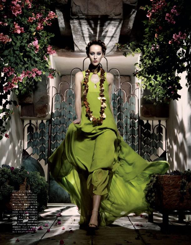 Giovanna-Battaglia-12-The-Enchanting-Promise-Vogue-Japan-Mark-Segal.jpg