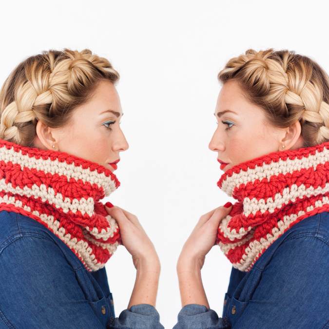 one-sheepish-girl-scallop-stripe-cowl.jpg