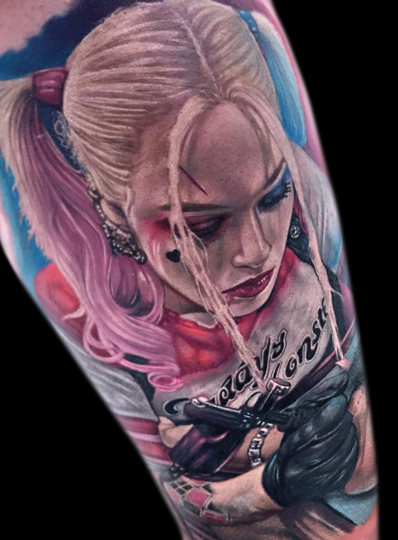 LCT Portrait Harley Quinn Margot Robbie.jpg