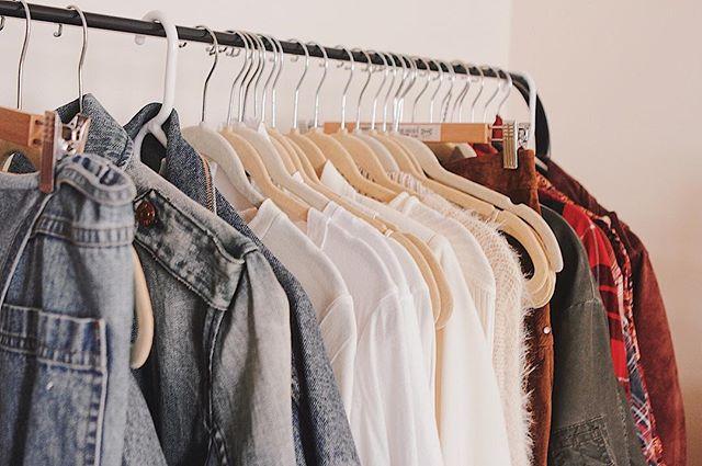 I wish my desktop was as organized as my closet 💀
