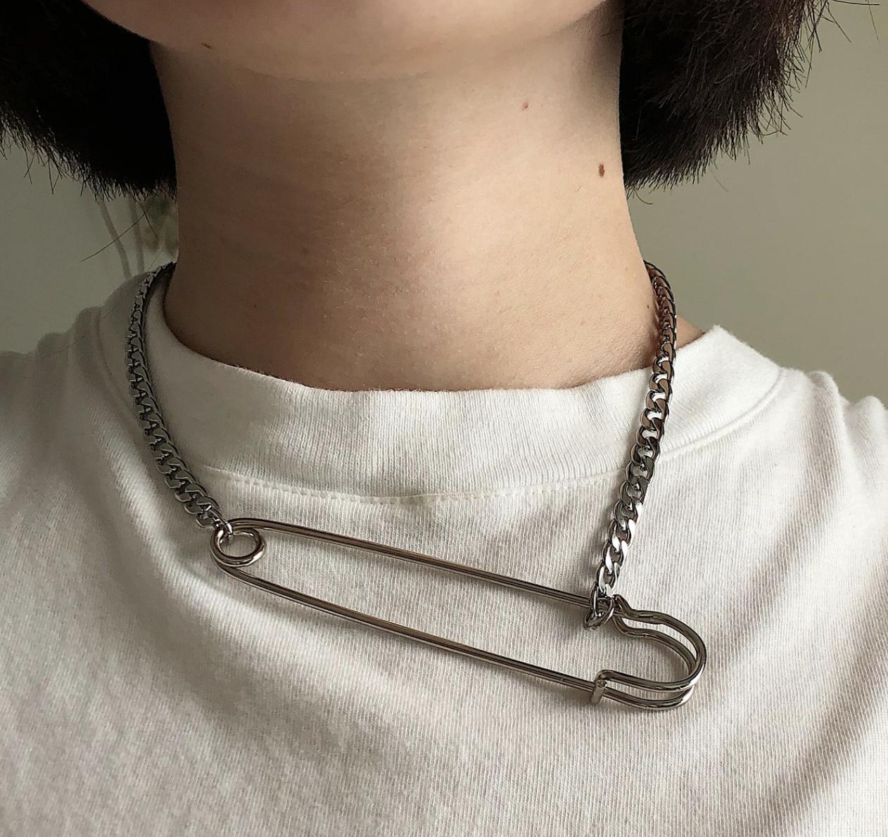 DALMATA  Simple Safety Pin Chain