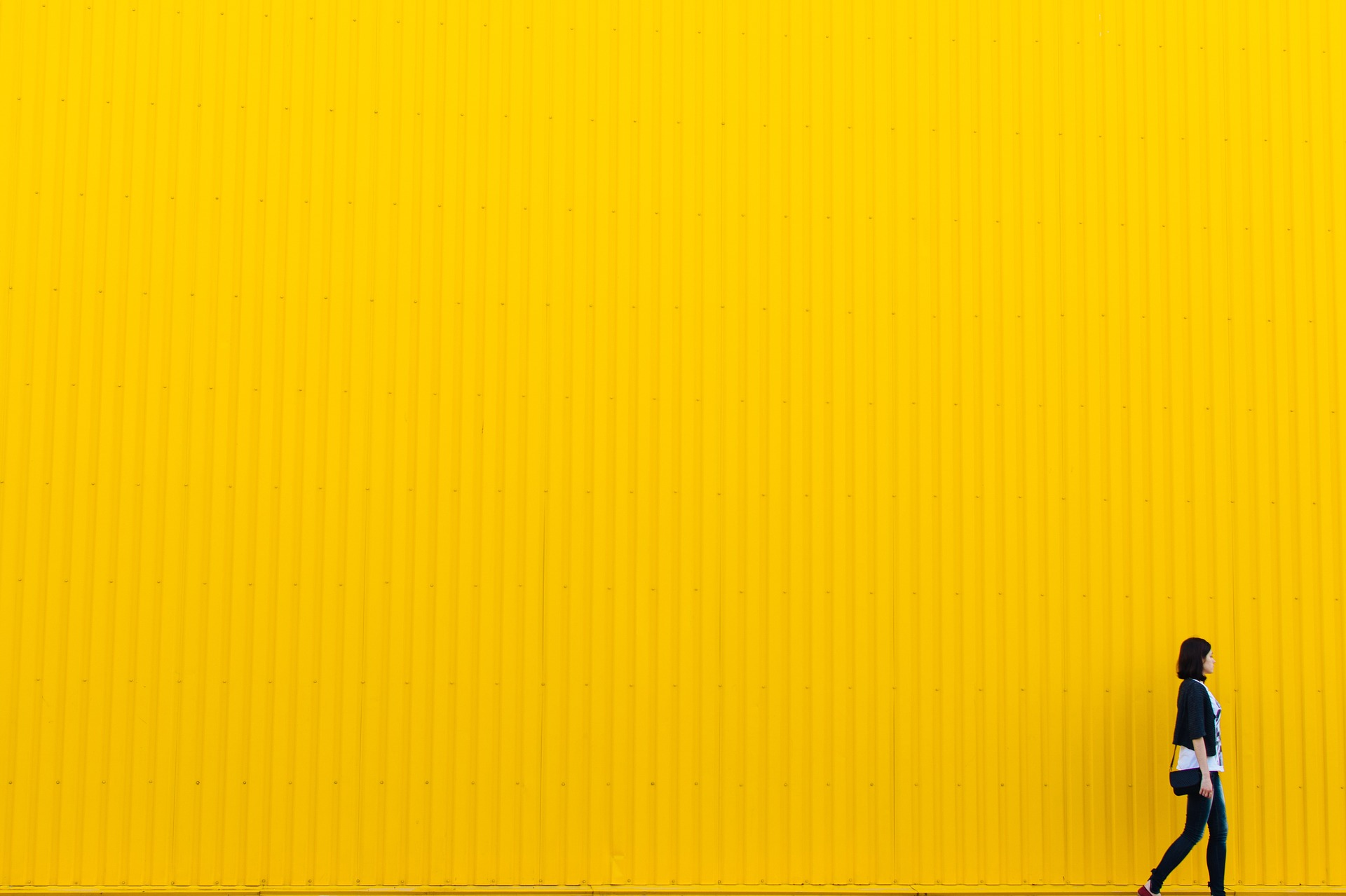Young_person_yellow.jpg