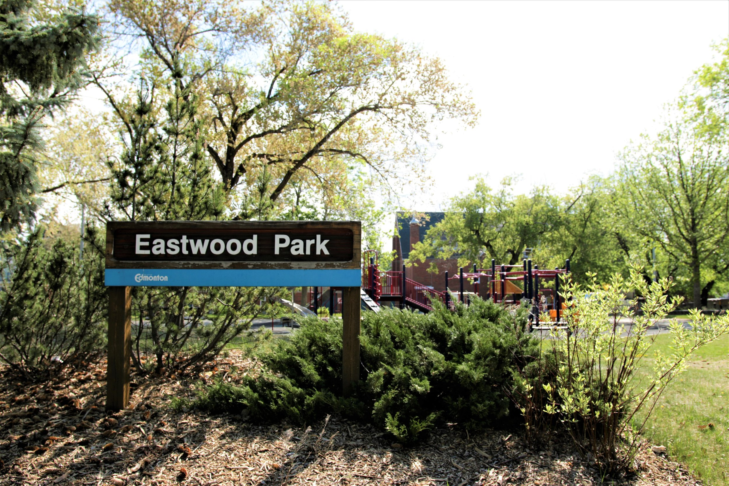 This nicely appointed little park in historic Eastwood has a great playground, an off-leash dog area, and a rink for winter fun!