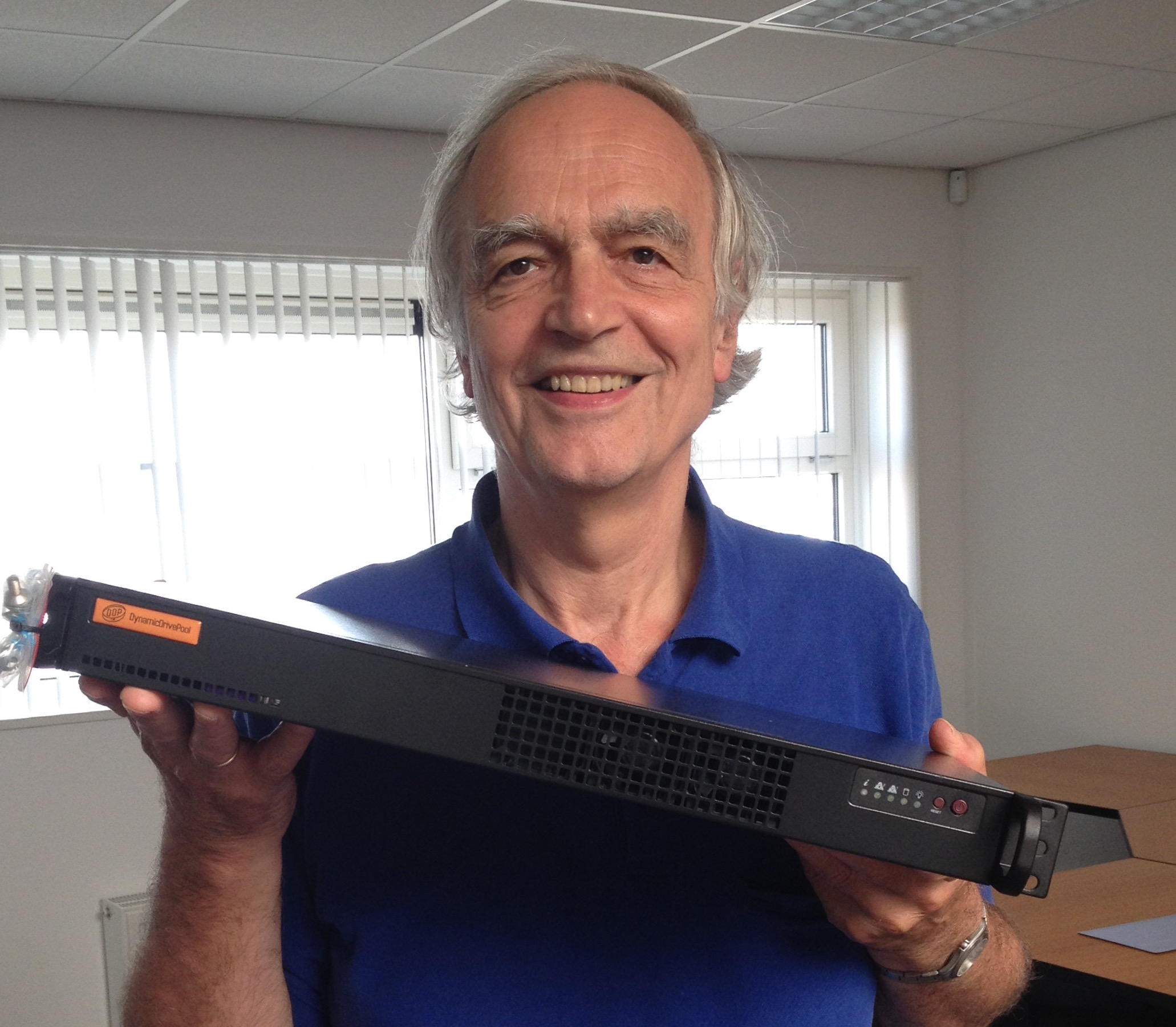 Jan de Wit, CEO Ardis Technologies with a microDDP