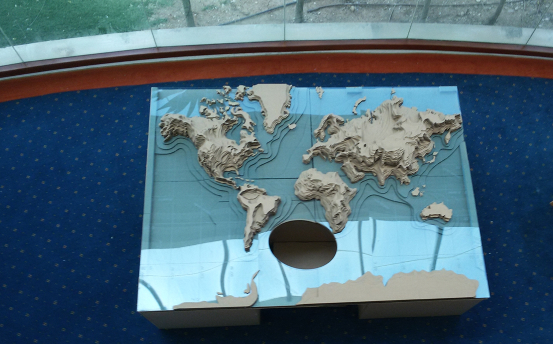 worldmap cardboard09 (2).jpg