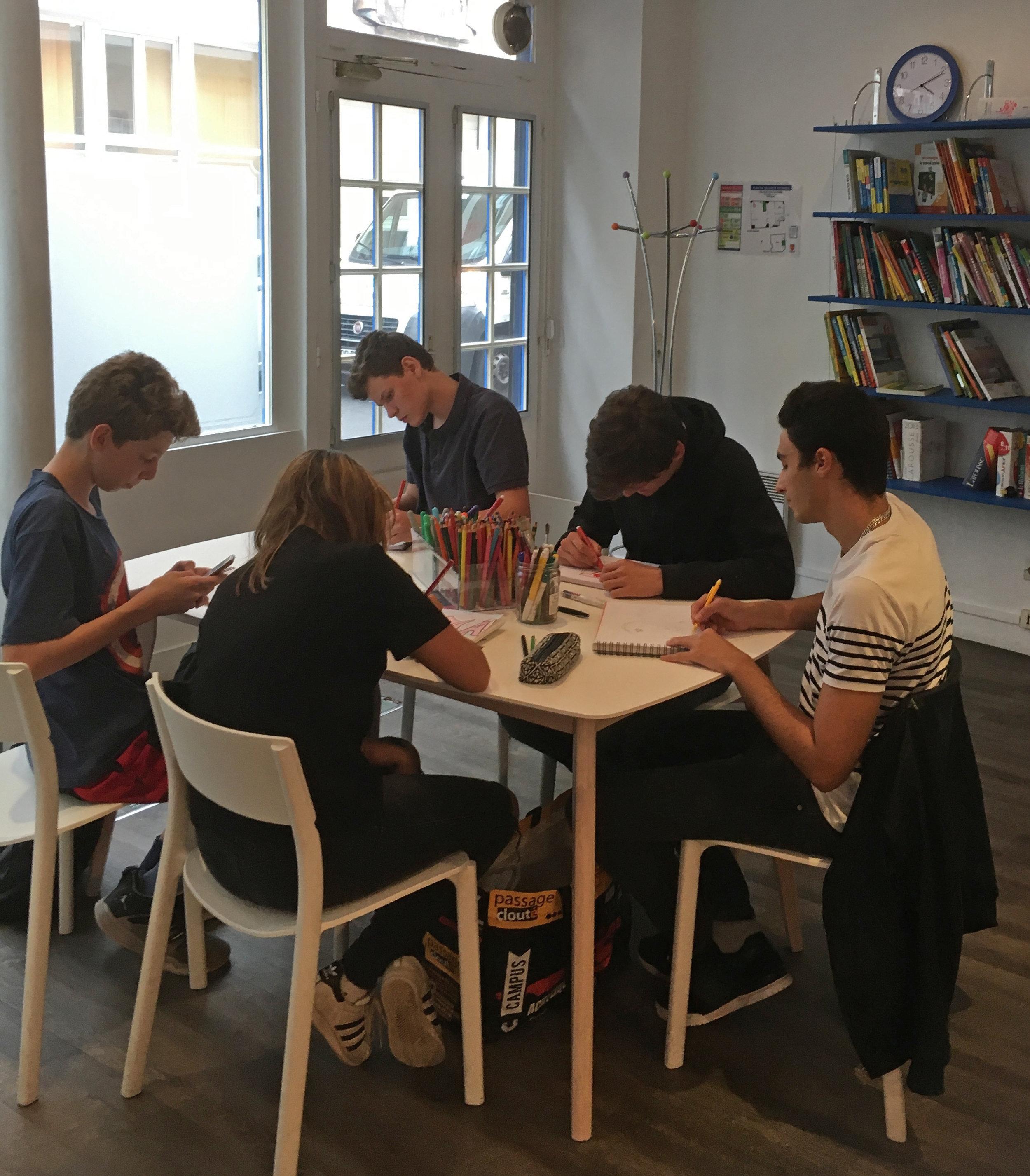 cours-peinture-adolescents-paris.jpg