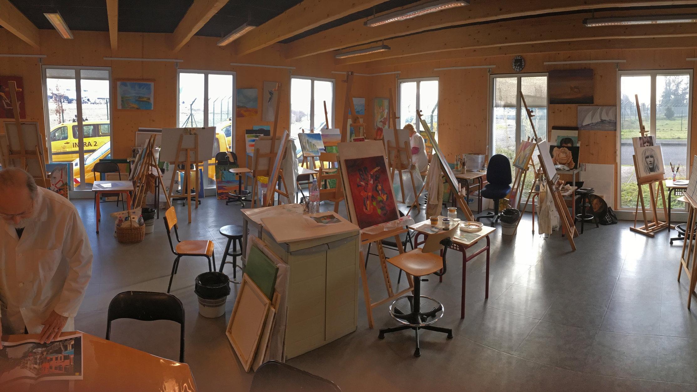 Atelier de Peinture du CE ADP, Aéroport Charles de Gaulle.