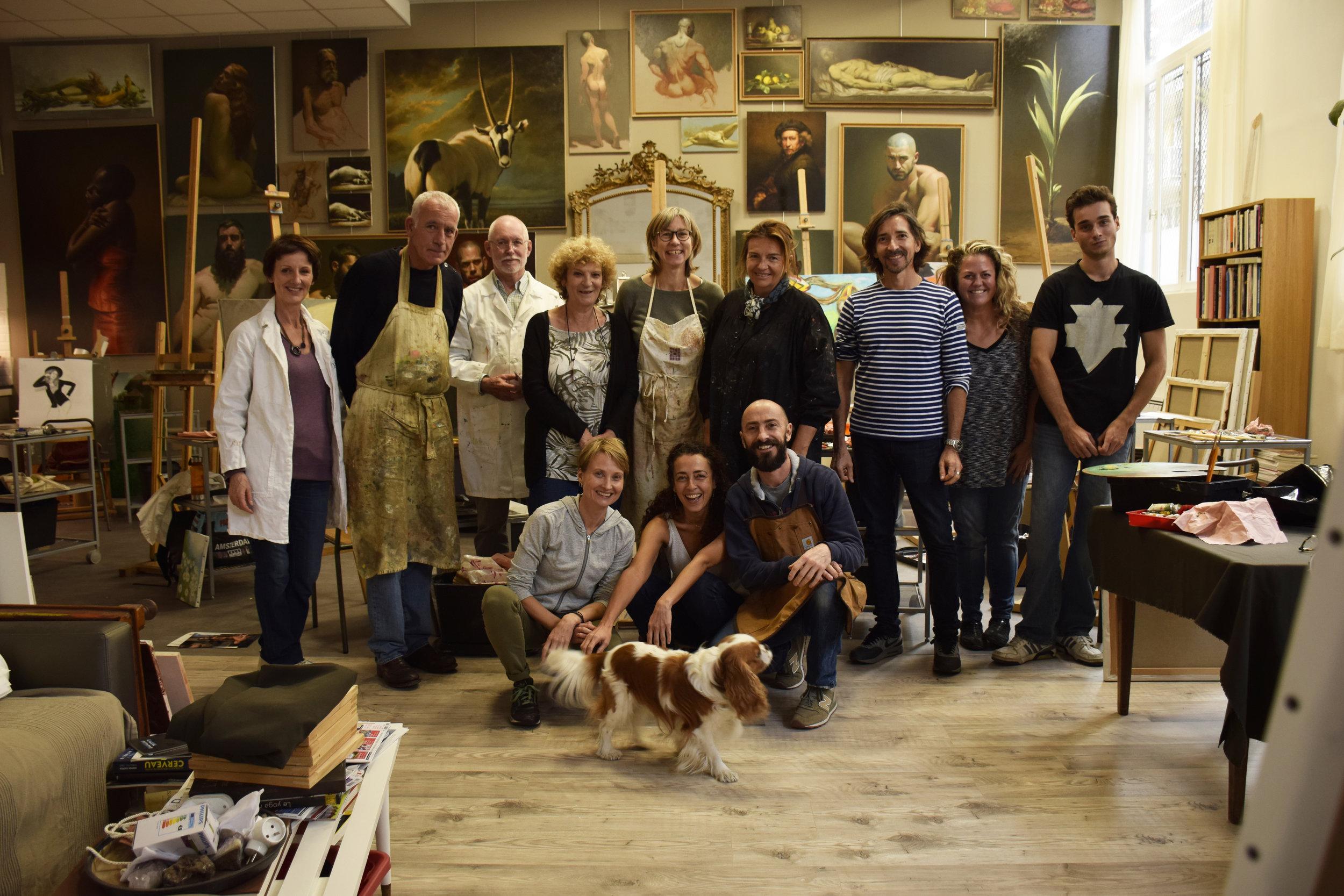 Participants aux cours de peinture dans son atelier à Montreuil, aux portes de Paris à proximité de Vincennes, Saint Mandé et Fontenay-sous-bois.