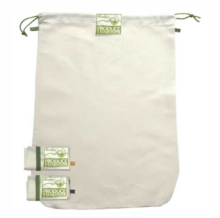 These cotton + hemp bags are perfect for green beans, nuts, grains, and other bulk food items. Unfortunately it doesn't seem like they make them any more but I'm still gonna leave this here because cotton produce bags are great if you have a bulk store near you and theres probably tons of other brands that make them as well.