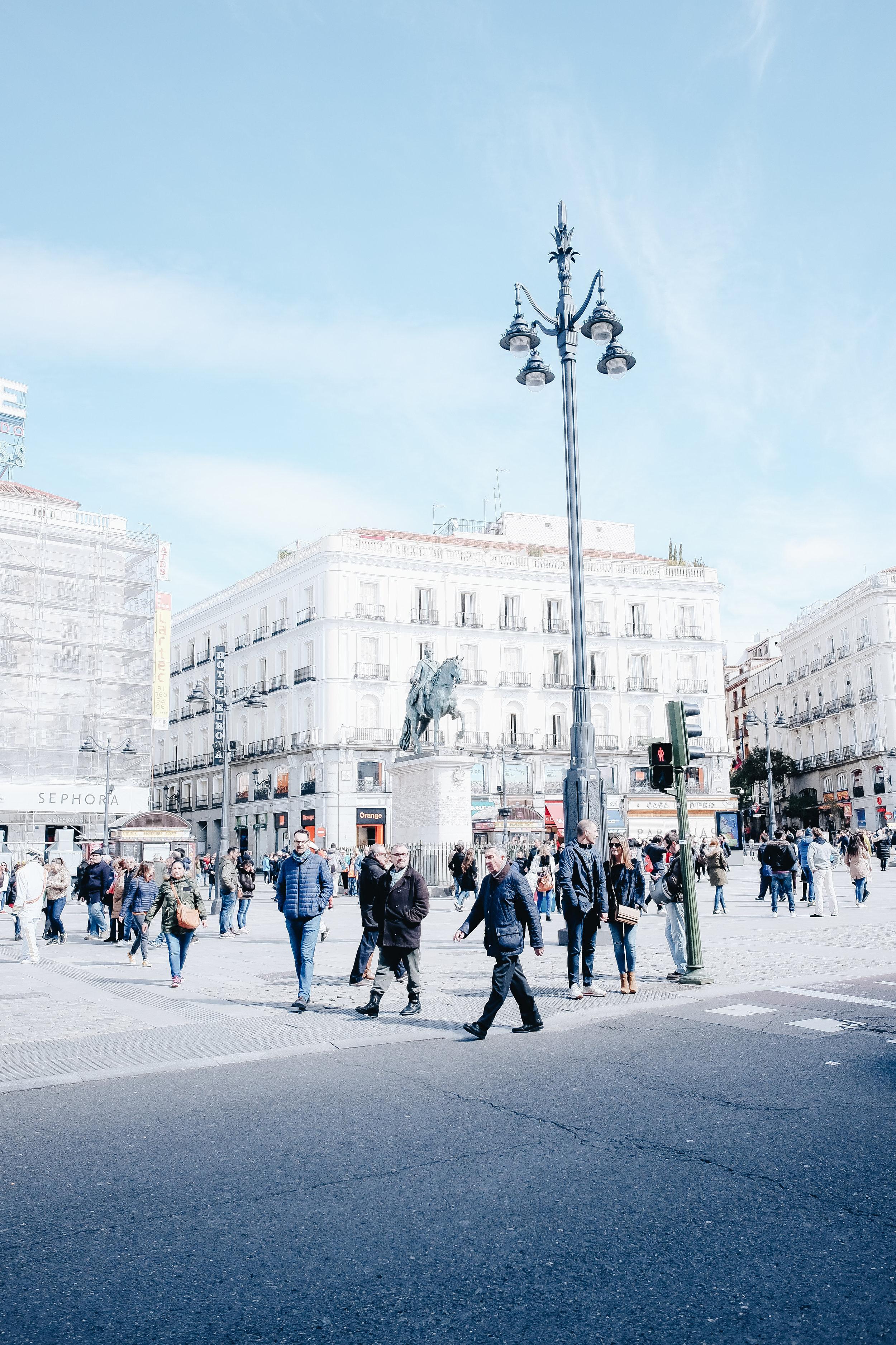 1.3. Puerta de Sol_1.jpg