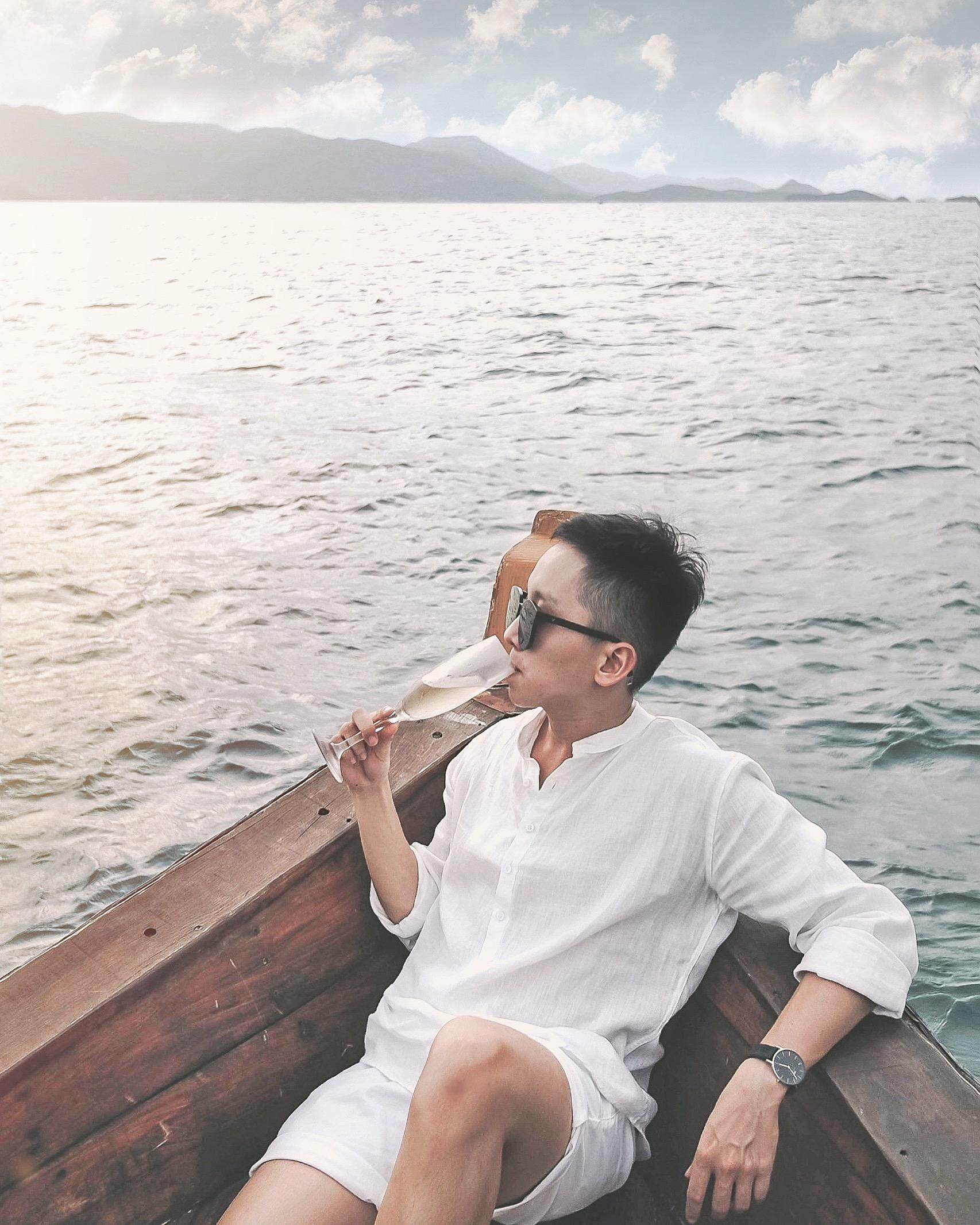 4. Romance Cruise_1.jpg