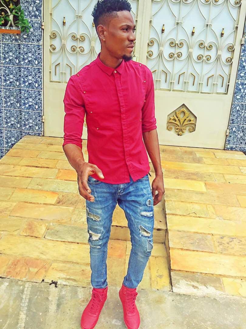 @6cojohn in Benin