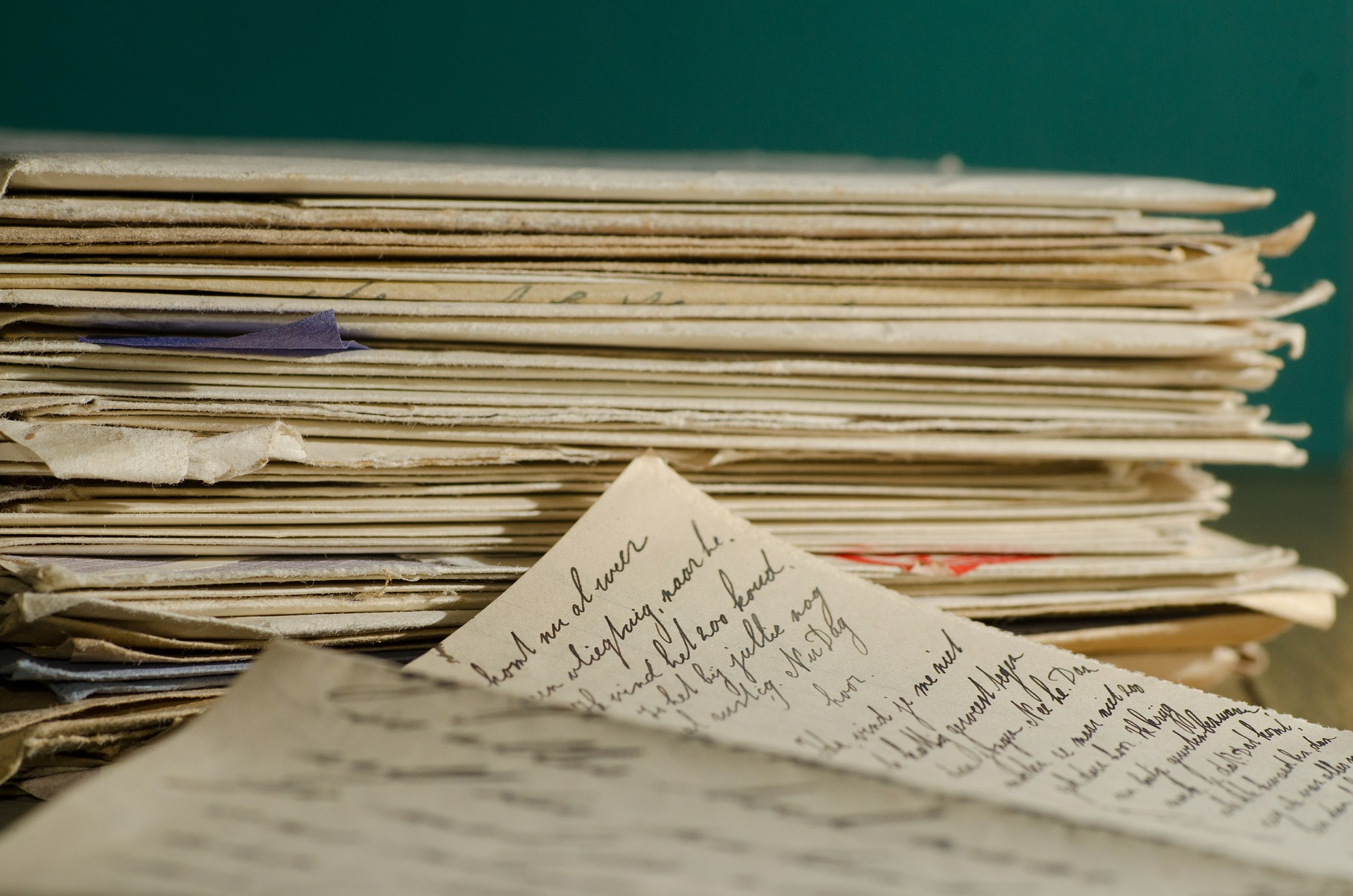 stack-letters-447579_1920.jpg