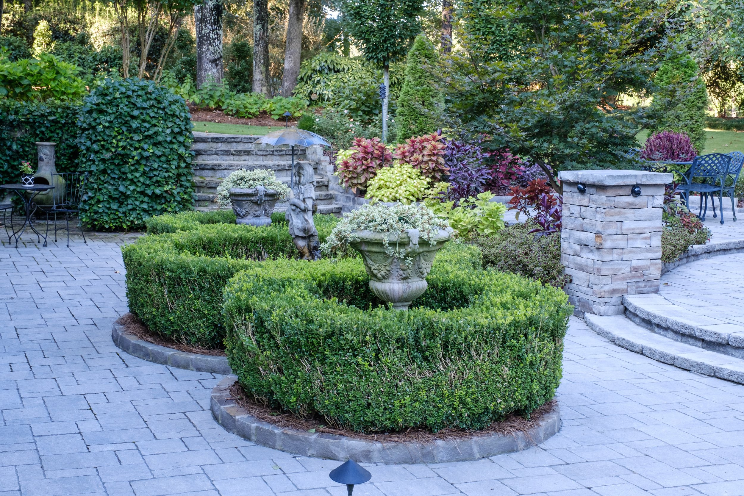 Landscaping - lawn maintenance and landscape installations