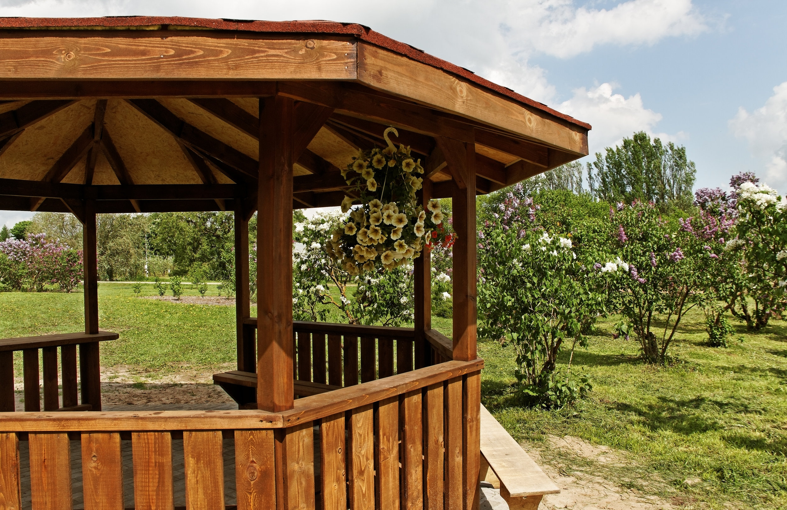 Wood Divisions - Fences, gazebos, decks, and wooden structures