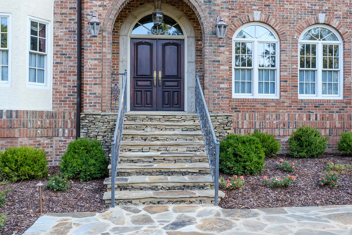 Hardscapes - Patios, walkways, and outdoor living options
