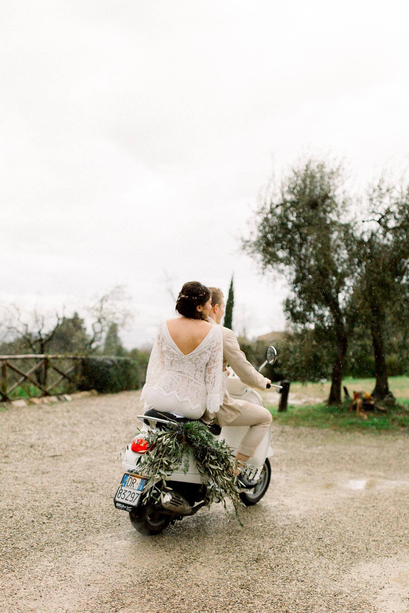 Tuscan Vespa Wedding - Britt LaShea-39.jpg