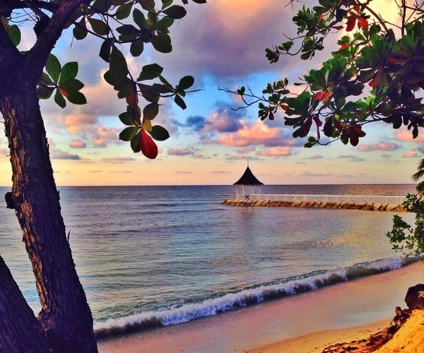 Beach_5.jpg