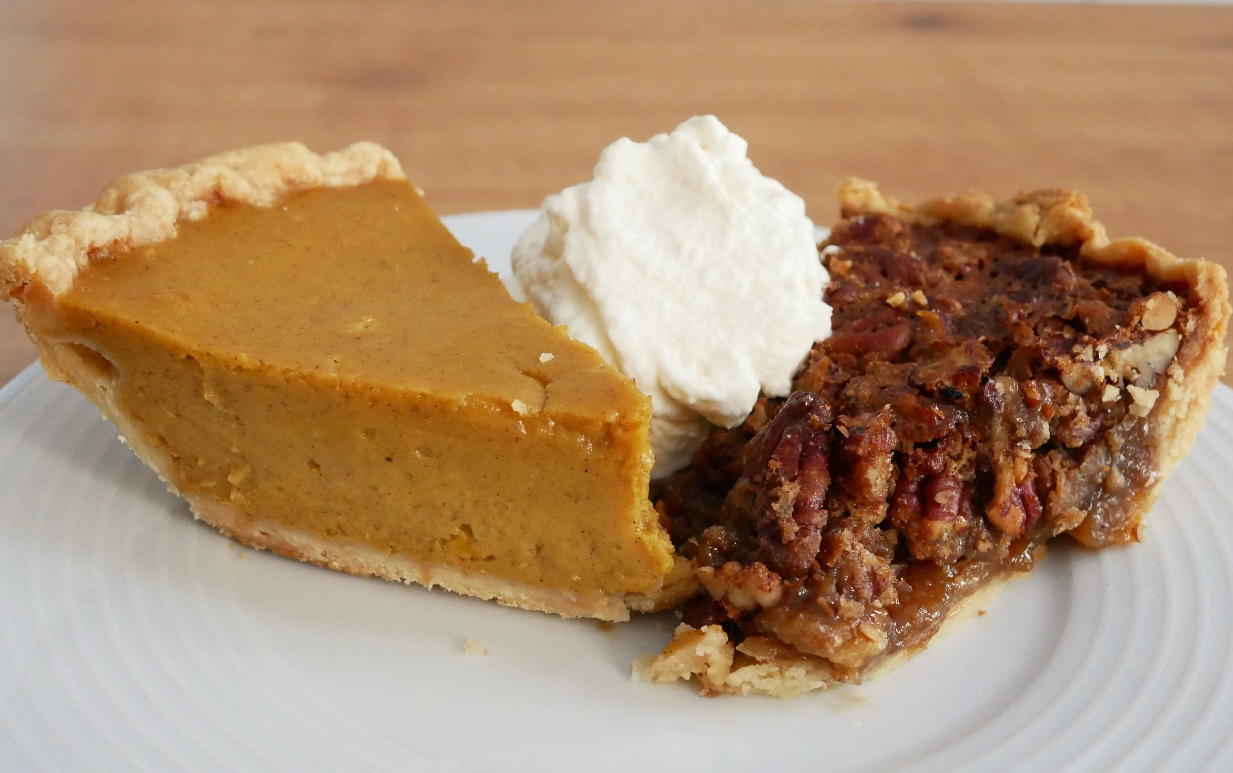 Thanksgiving pumpkin pie pecan pie.jpg