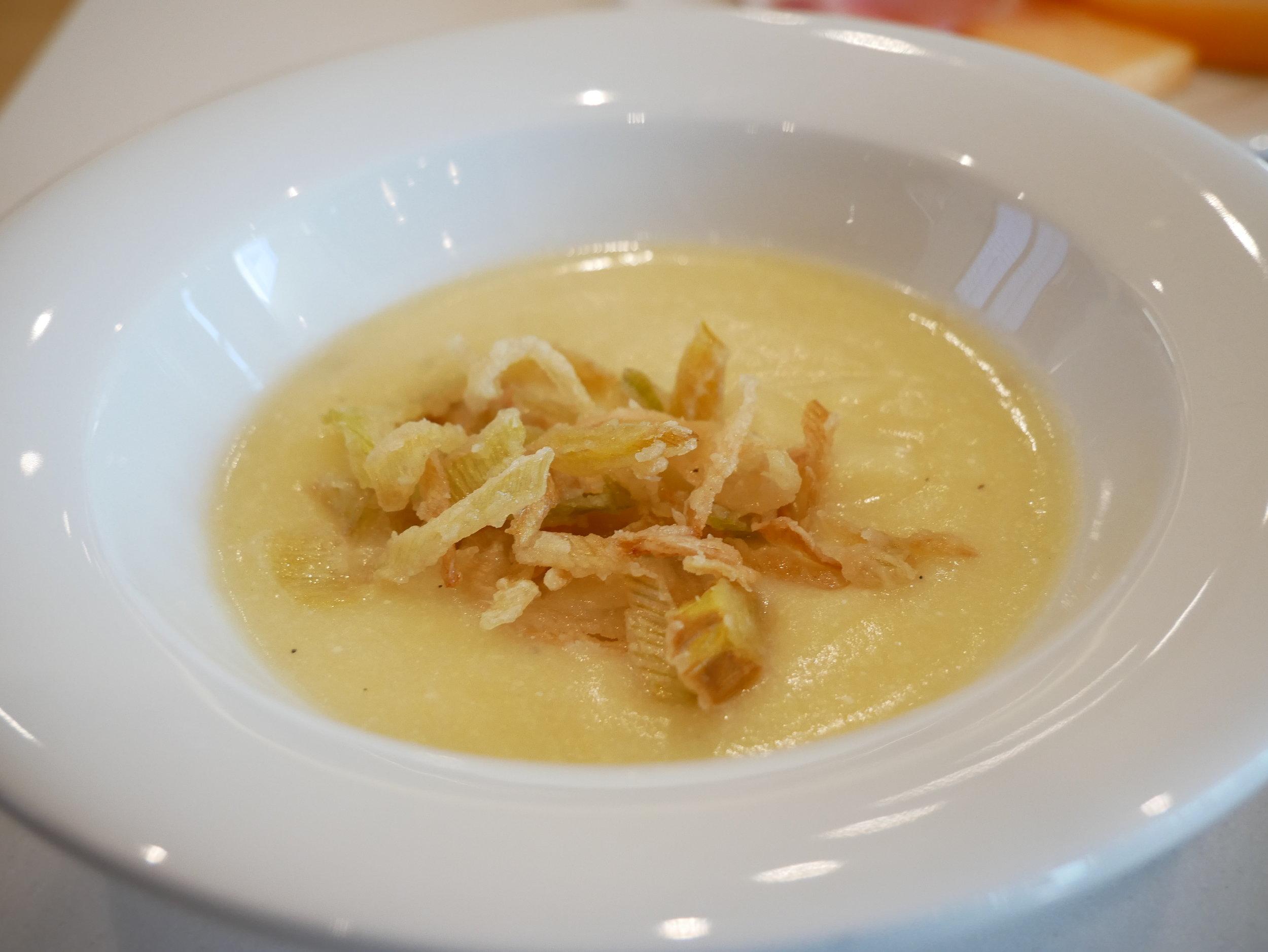 Milan Lufthansa Lounge soup