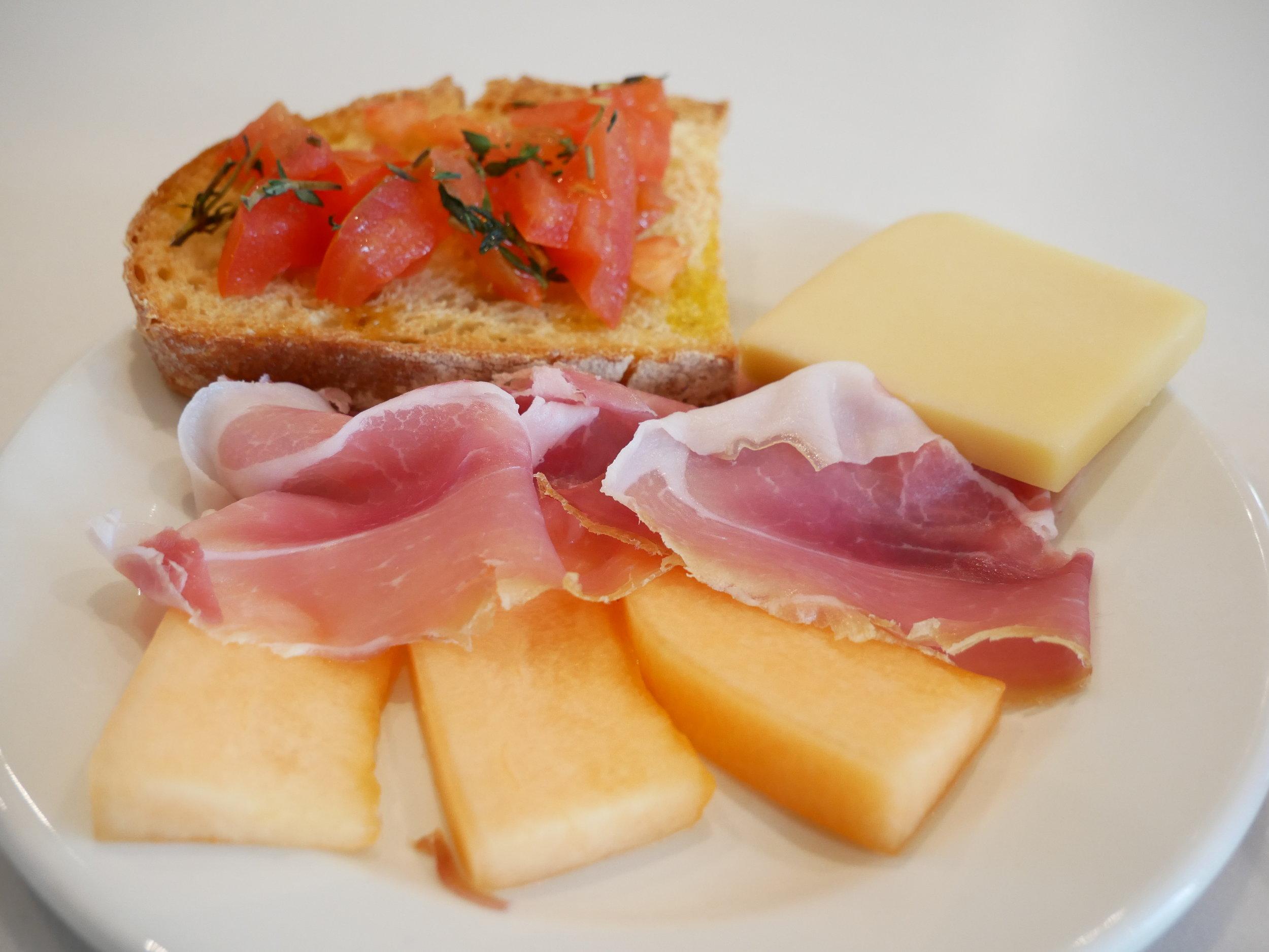Milan Lufthansa Lounge prosciutto, melon, bruschetta