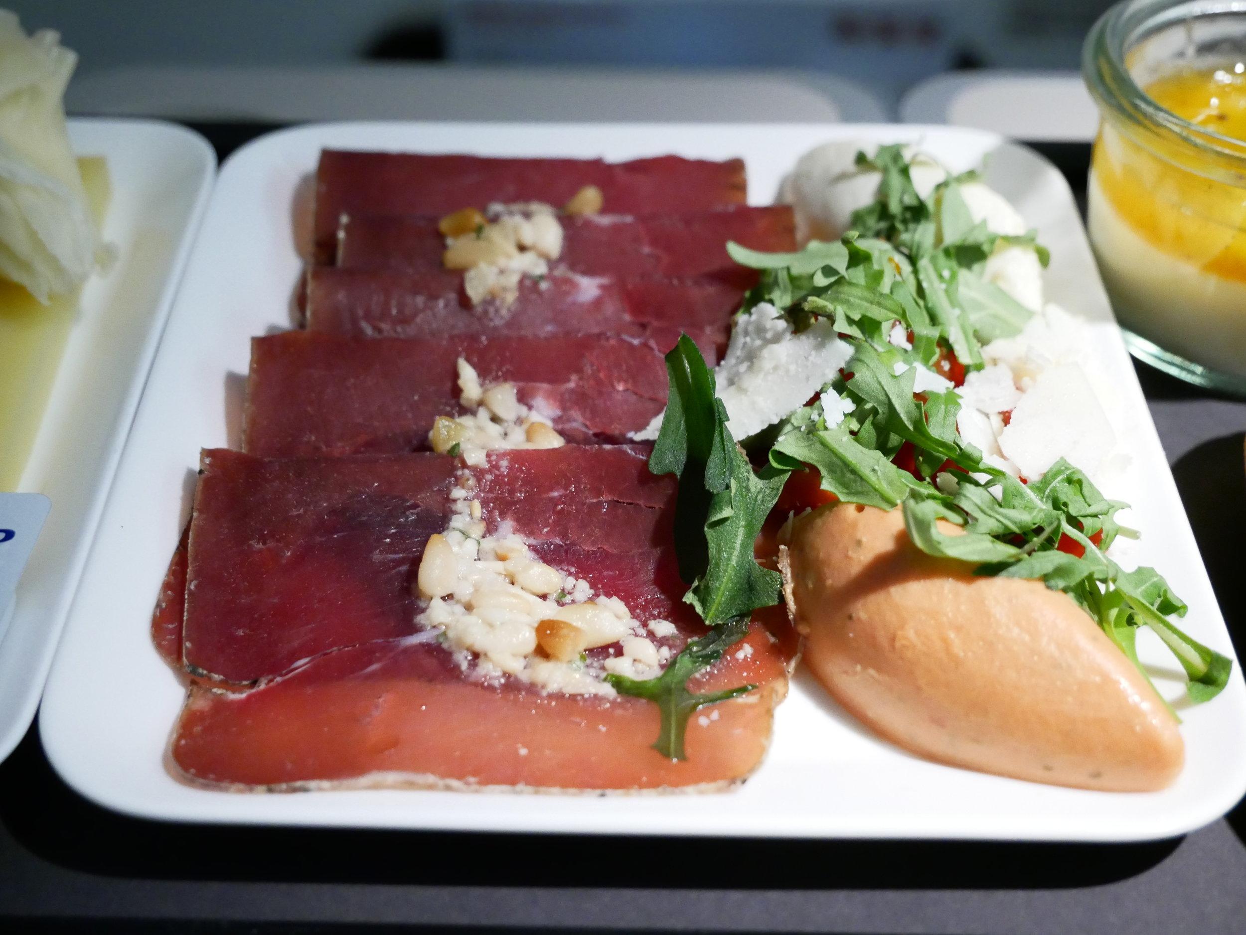 SWISS business meal ZRH-BCN air dried beef