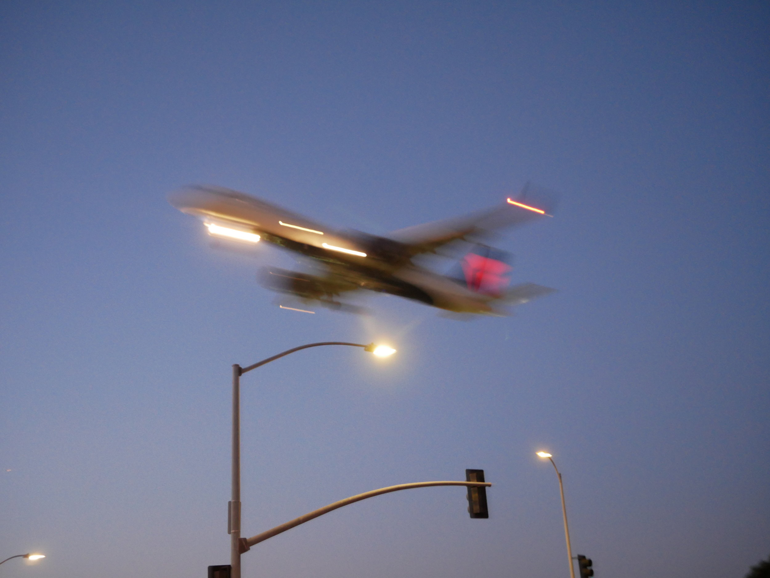 LAX Layover plane flying overhead