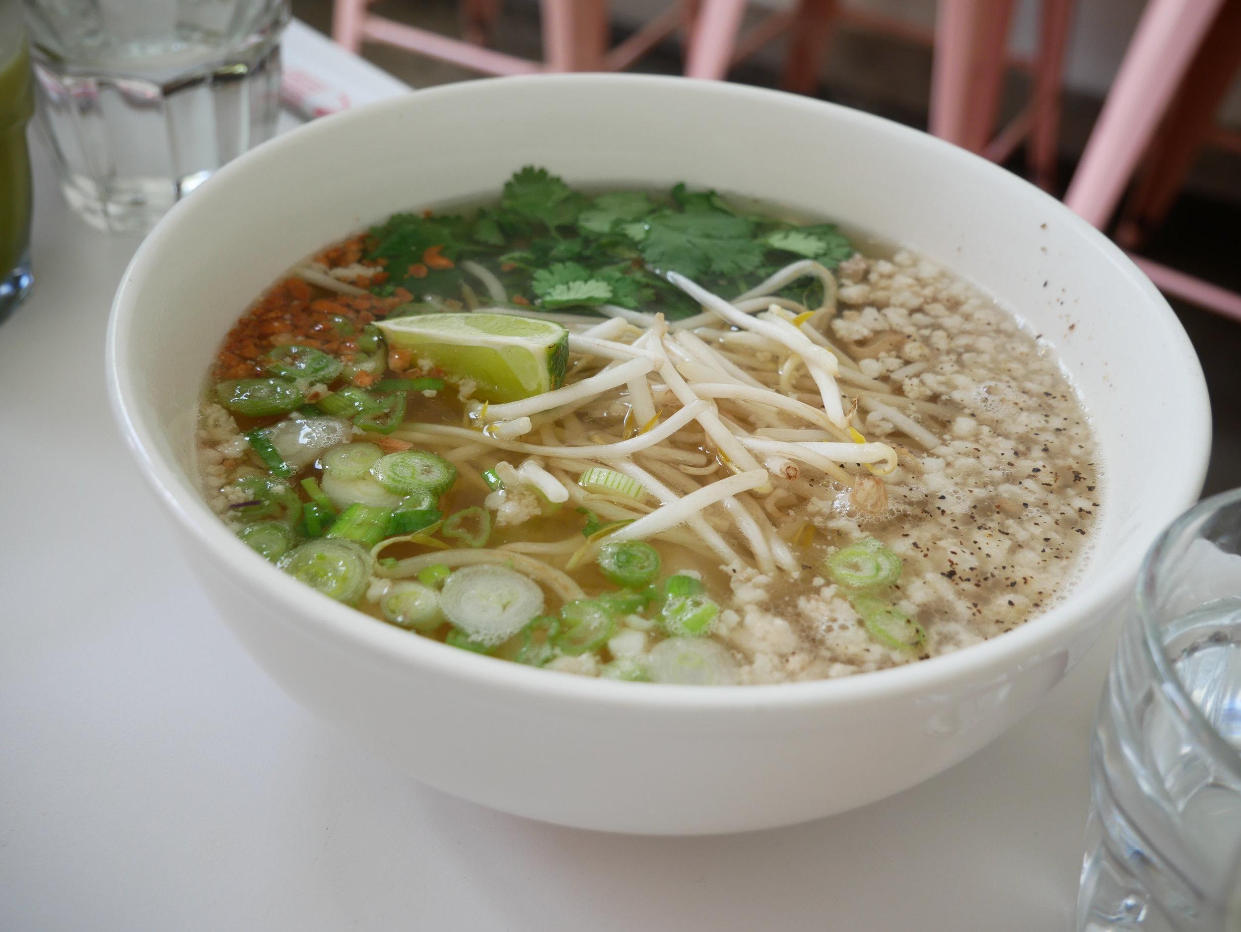 Nyum Bai kuy teav phnom penh