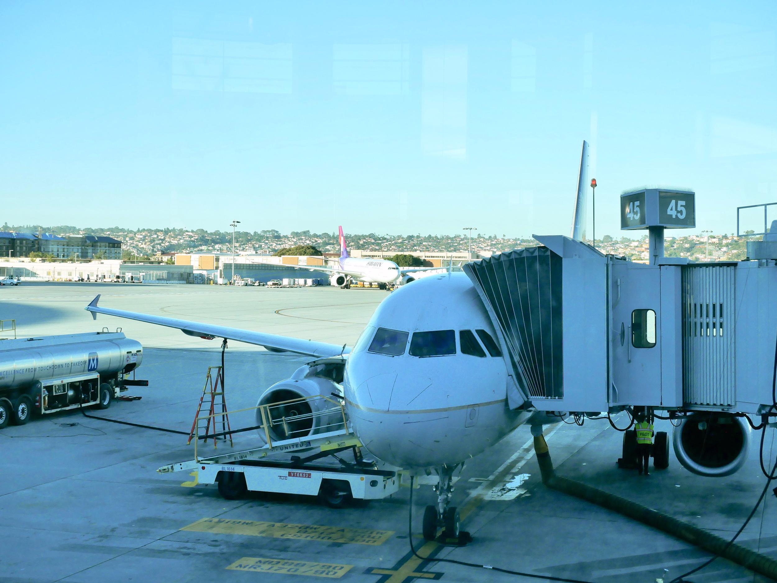 UA A320