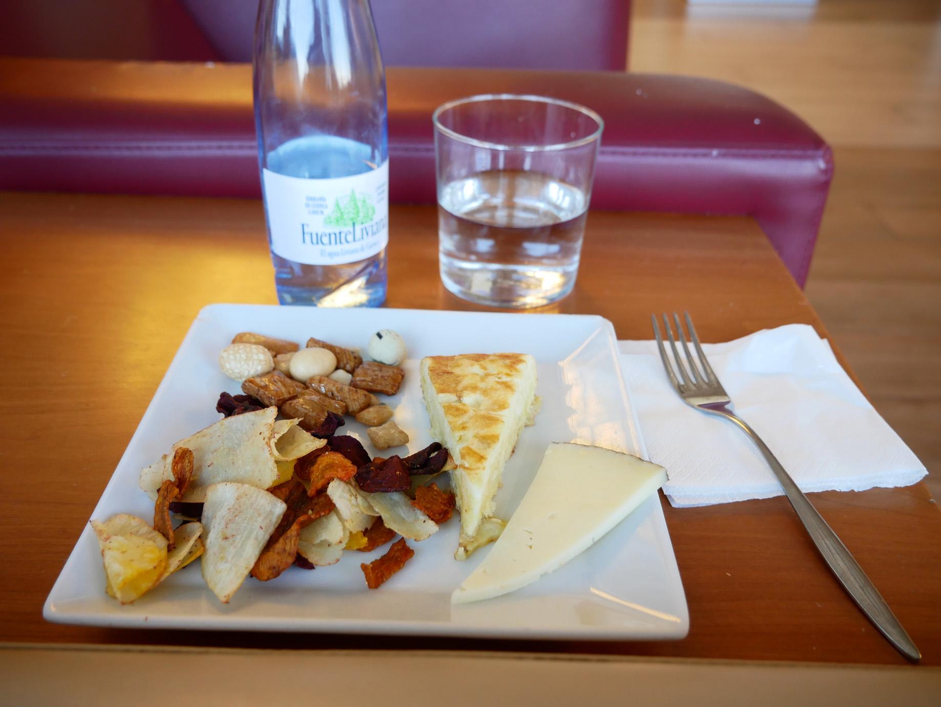 Madrid Lounge breakfast.jpg