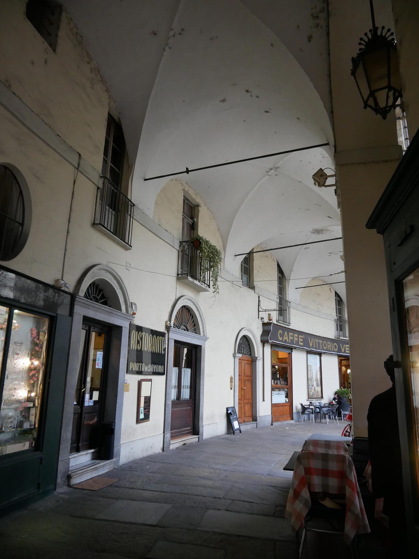 Porto di Savona exterior