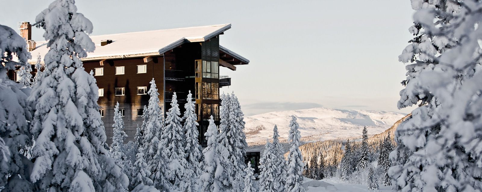 copperhill-mountain-lodge-architecture-landscape-view-by-winter-q-01.jpg