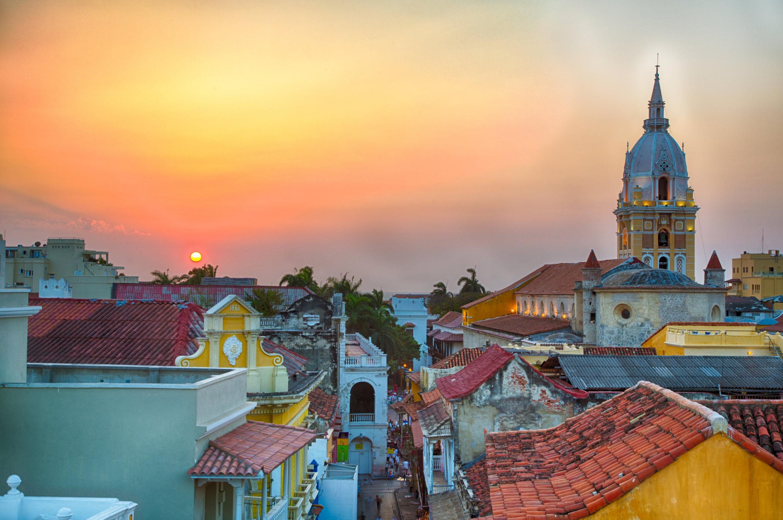 Sunset-over-Cartagena-472552712_5578x3704.jpeg
