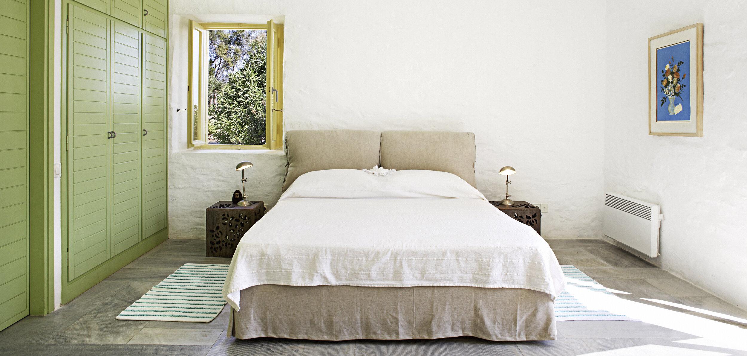 20-Master bedroom.jpg