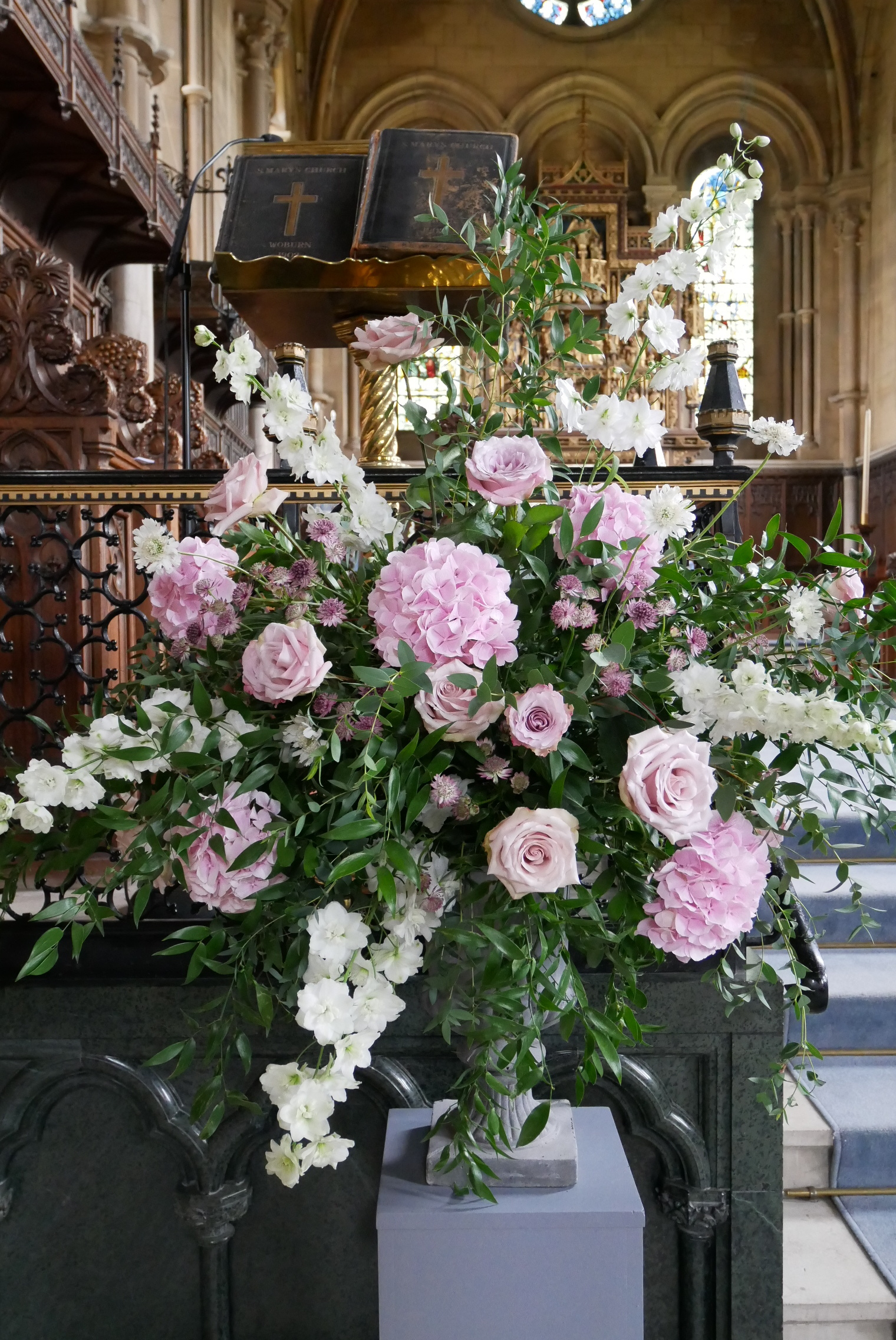 Blush church pedestal display at St Mary's church, Woburn