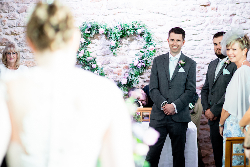 Summer wedding flowers by The Flower Story at Dodford Manor